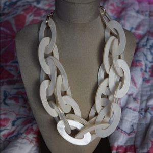 Pearlized Resin Link Necklace